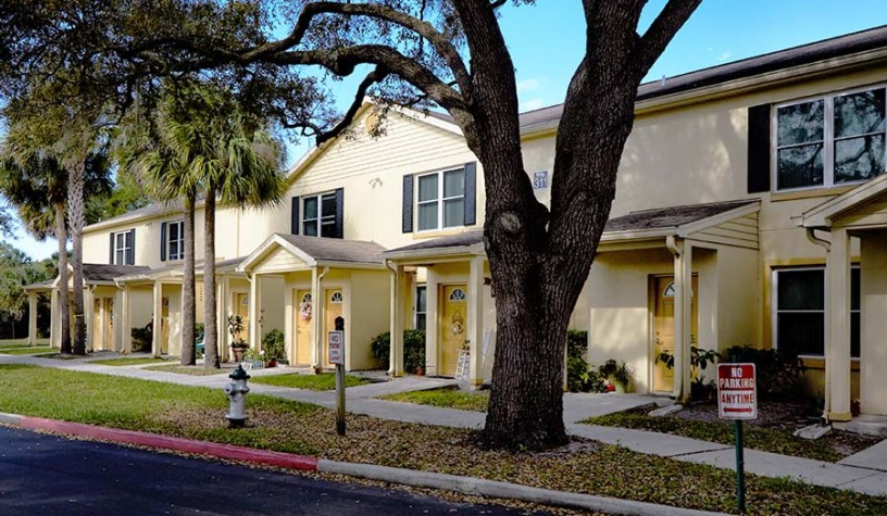 Winter Park Housing Authority Winter Park Oaks Apartments