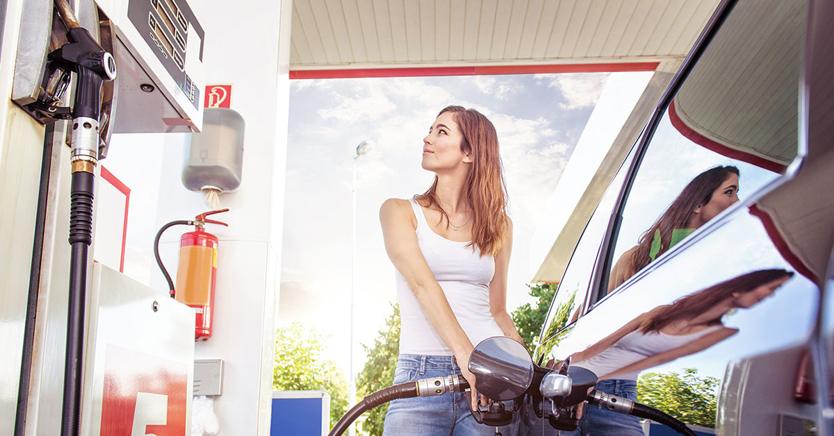 20 Simple Tips to Save Money on Gas